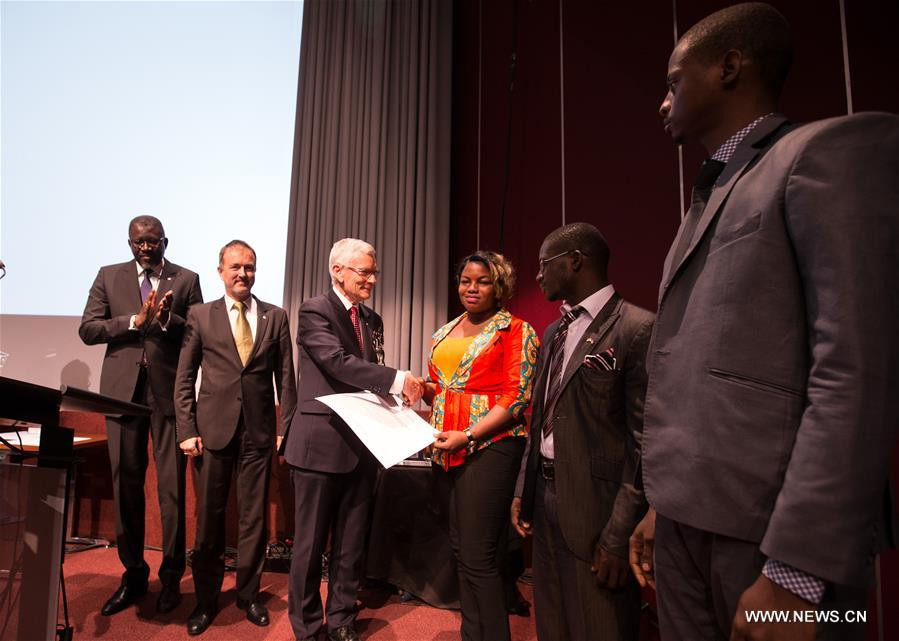 A special humanitarian award was given to volunteers who responded to the Ebola emergency in Guinea, Sierra Leone and Liberia at the opening ceremony of the 32nd International Conference of the Red Cross and Red Crescent in Geneva, Switzerland, Dec. 8, 2015.
